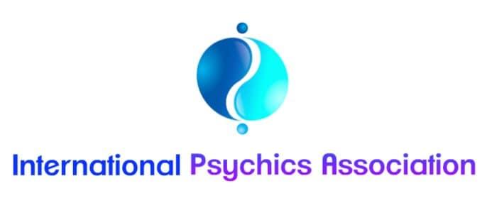 Endorsing psychic Tarot readings